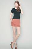 美好的在时髦礼服的时尚红发模型 图库摄影