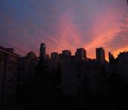 美好的城市晚上 免版税库存照片