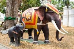 美好的大象雕塑 库存图片