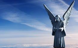 美好的天使雕塑  库存图片