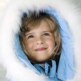 美好的女孩纵向冬天 免版税库存图片