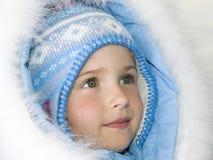 美好的女孩纵向冬天 免版税图库摄影