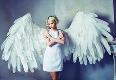 美好的妇女天使 库存图片