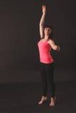 年轻美好的妇女跳舞画象  库存照片