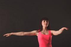 年轻美好的妇女跳舞画象  免版税库存图片