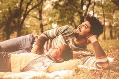 美好的家庭时间 免版税库存照片