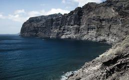 美好的山峰Los Gigantes在特内里费岛 横向山tenerife 免版税库存图片