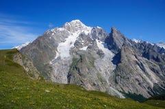 美好的山风景 库存照片