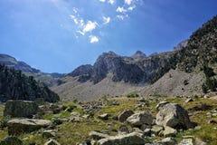 美好的山风景,韦斯卡省,西班牙 库存照片
