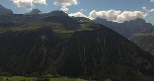 美好的山风景,高山路,瑞士 股票录像