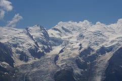 美好的山风景-勃朗峰 库存照片