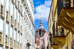 美好的建筑学细节在瓜纳华托州墨西哥 免版税库存照片