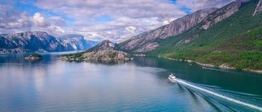 美好的挪威风景Lysefjord,挪威 图库摄影