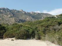 美好的撒丁岛风景在一个晴天 库存图片