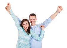 美好的新夫妇纵向  免版税库存图片