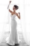 美好的新娘画象婚礼构成和发型 库存照片