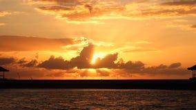 美好的日出风景时间间隔在海滩的 股票视频