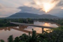 美好的日出,这张照片在老挝人的旅馆被采取了 库存照片