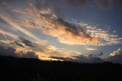 美好的日落在北部婆罗洲 免版税库存照片