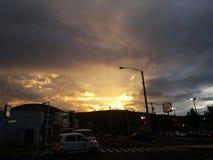 美好的日落在危地马拉 库存图片