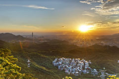 美好的日落在台北 免版税图库摄影