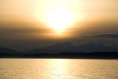日落在西雅图江边 免版税图库摄影
