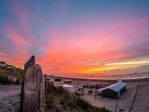 美好的日落在Zandvoort 库存照片