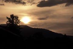 美好的日落视图 免版税图库摄影