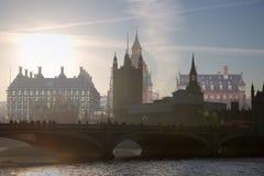 美好的早晨的多重曝光图象在威斯敏斯特桥梁的 伦敦英国 免版税库存图片