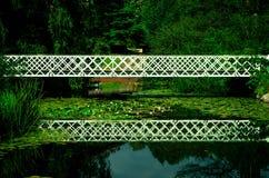 美好的桥梁反射,哥本哈根 免版税库存照片
