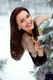 美好的森林女孩冬天 图库摄影