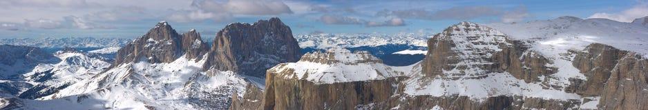 美好的横向山冬天 图库摄影