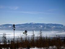 美好的横向山日出冬天 图库摄影