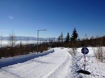 美好的横向山日出冬天 免版税库存照片