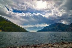 美好的横向 加尔达湖看法, 免版税图库摄影