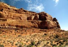 美好的沙漠山场面 库存图片