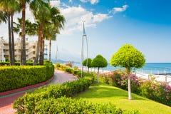 美好的海散步在凯梅尔,土耳其 免版税图库摄影