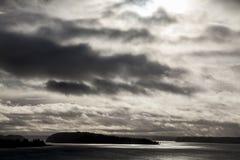 美好的海日落的全景 免版税库存图片