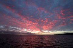 美好的海洋日出在坎加鲁岛,澳大利亚 库存图片