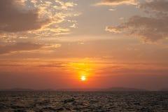 美好的海洋日落 图库摄影