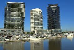 美好的港区墨尔本早晨 免版税库存照片