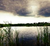 美好的湖视图 库存图片