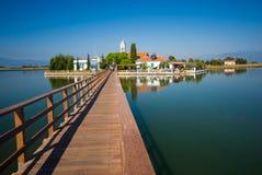 美好的湖风景 免版税图库摄影