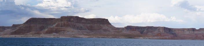 美好的湖鲍威尔全景 免版税库存照片