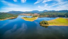 美好的湖水牛城天线全景 维多利亚,澳洲 免版税库存照片