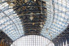美好的火车站的天花板在布赖顿,英国 库存照片