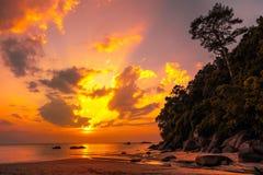 美好的热带日落 库存照片