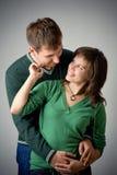 美好的爱的微笑的夫妇 库存照片