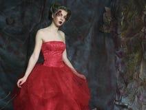 美好的礼服时代中世纪纵向射击了工作室妇女 射击在s 图库摄影