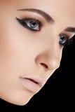 美好的秀丽干净的构成皮肤妇女 免版税库存照片